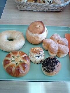 080204_1224~0001ピーターパンのパン