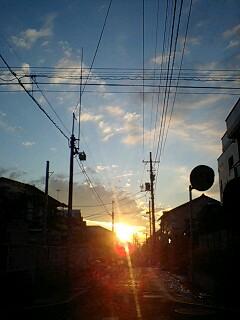 080205_0657~0002西荻の朝日