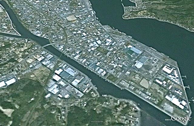 気仙沼2、津波前(2002)