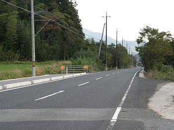 現在の「三本木滑走路跡」附近-1