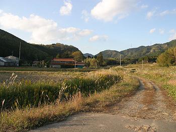 現在の「三本木滑走路跡」附近-2