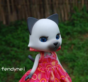 cat070506-1-1.jpg
