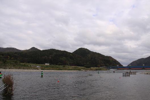 荒川サケ有効利用釣獲調査 荒川鮭釣り 甲駿渓遊会