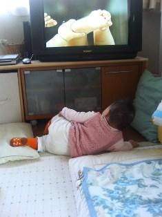 テレビ観賞中