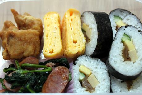 巻き寿司弁当2