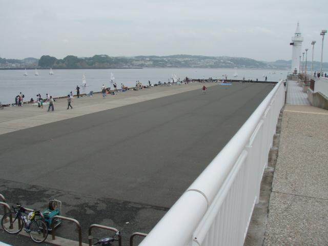 江ノ島の防波堤