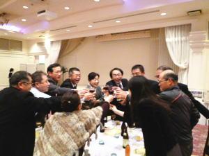 2011-11-19-party-4.jpg