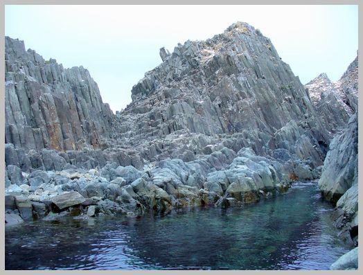 日浦岬の柱状節理1