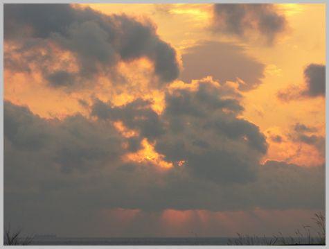 津軽海峡の夕暮れ2(16:04)