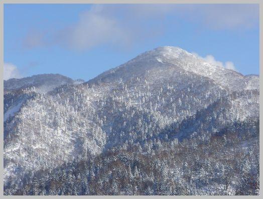 札幌岳の山頂付近