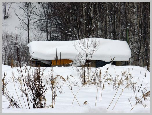 札幌市定山渓温泉の農家の物置