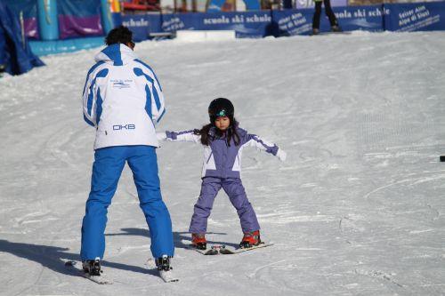 サラ、スキー初挑戦 2