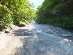カムイワッカの滝