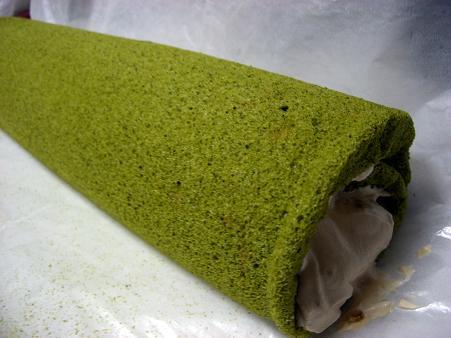 抹茶黒糖ロールケーキ一本