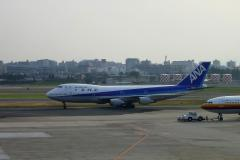 ANA B747-SR81 Jun.2002 by CyberShot