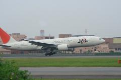 JAL B777-246 Landing@東水門付近