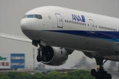 ANA B777-381 Before Touchdown