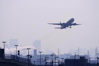 ANA B777-281 NH22 Airborne@R176猪名川大橋