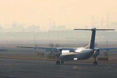 ANA DHC-8-Q400 NH1674 After Landing@AFO