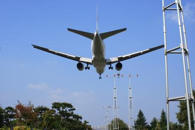 JAL B777-246 Final App@原田中町