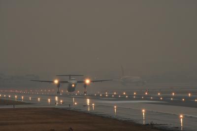 JAC DHC-8-Q400 3X2439@AFO