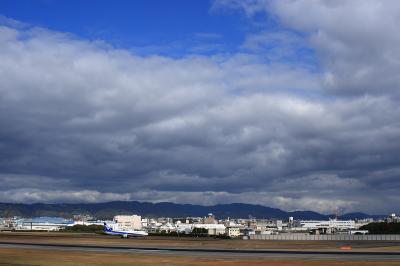 箕面方面の山と空 with ANA B767-381@スカイランドHARADA