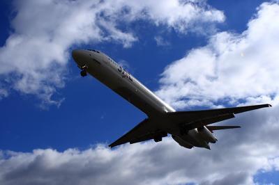 JEX MD-81 JC2380@千里川土手(by EF28-90)