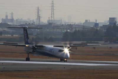 ANA DHC-8-Q400 NH1636@AFO