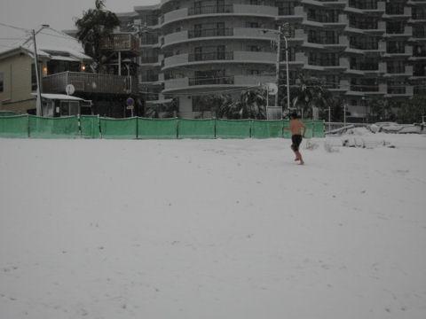 寒中水泳オヤジ③