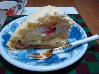 アイ 1歳のケーキ カット