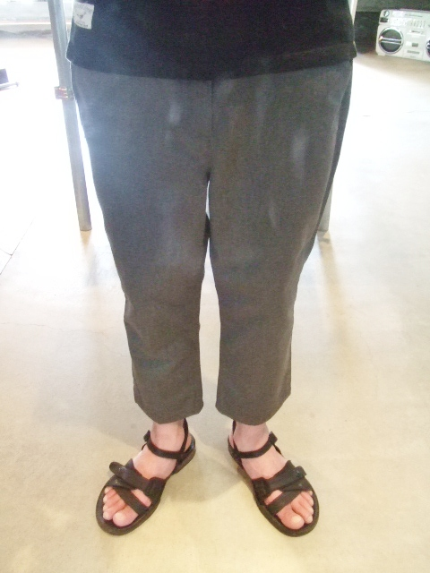 MDY CROPPED CHINO PANTS 着用1