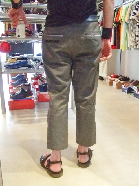 MDY CROPPED CHINO PANTS 着用2