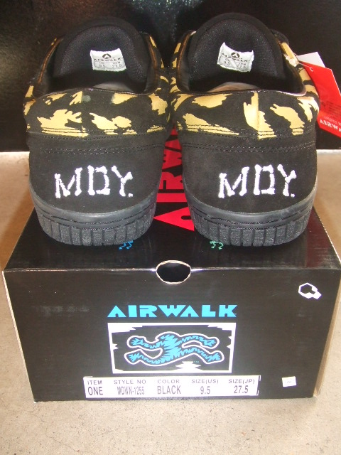 "AIRWALK×MDY ""ONE"" BACK"