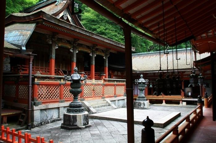 奈良の淡山神社