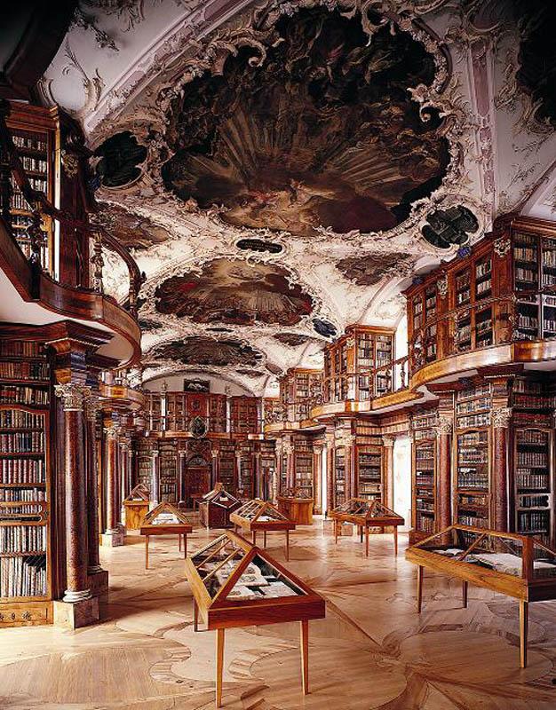 Abbey-library-of-Saint-Gall.jpg
