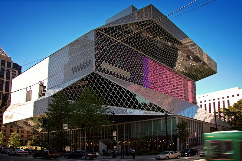 The_Seattle_Central_public_Library.jpg