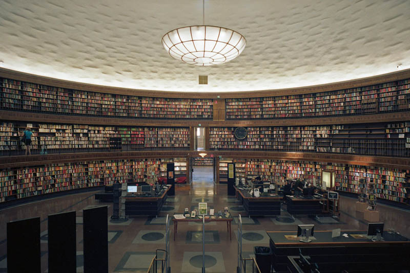 stockholm-public-library-interior.jpg