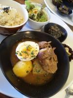日替わりランチ (大根と牛肉のケチャップ煮)