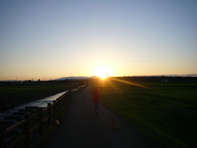 日が沈みます