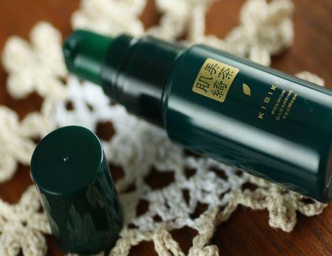 KIBIKI洗顔は、びっくり! 抹茶を肌から飲みほす抹茶キビキスキンケア