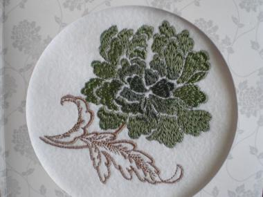 ローラアシュレイの刺繍模様