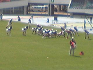 20110430早慶戦ゴール前ディフェンス