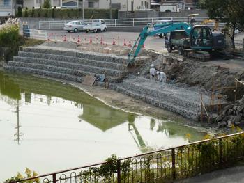 池沿い工事P1080714