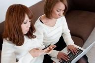 パソコン女性2人.jpg