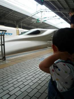 110827 新大阪駅にて