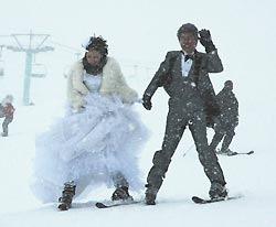 雪上結婚式