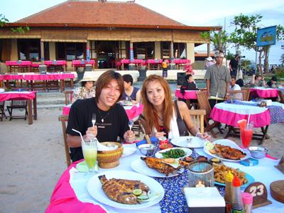 ジンバランカフェでイカンバカール