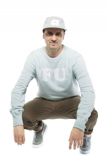 ALIFE-Summer-2011-Sportswear-Lookbook-09-360x540.jpg