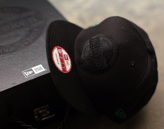 heineken100-blackout-new-era-snapback-03.jpg