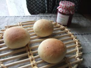 003パン1